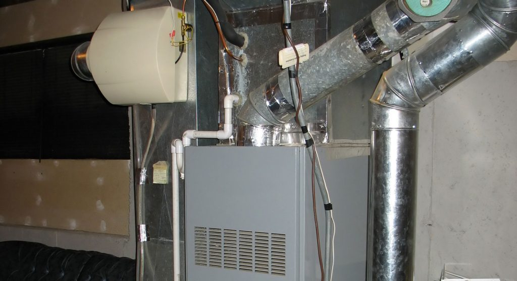 electric vs gas furnace